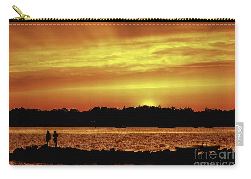 Borough Carry-all Pouch featuring the photograph Fireside Chat by Joe Geraci