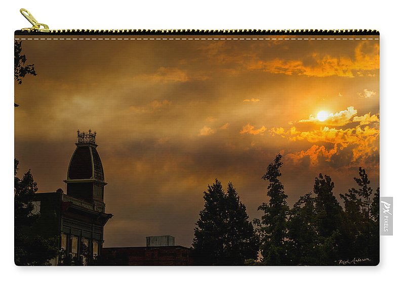 Sunset Carry-all Pouch featuring the photograph Firey Sunset Over Grants Pass by Mick Anderson