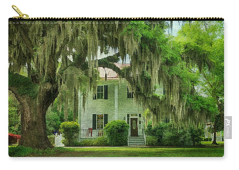 Live Oaks Carry-all Pouch featuring the photograph Frampton Plantation House by Priscilla Burgers