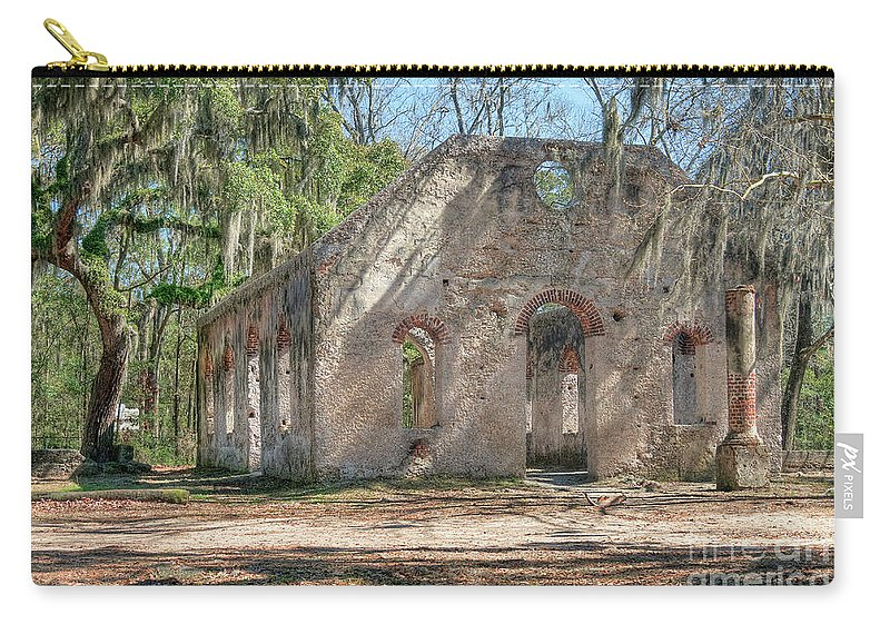 Hansen Carry-all Pouch featuring the photograph Front View Of The Chapel Of Ease by Scott Hansen
