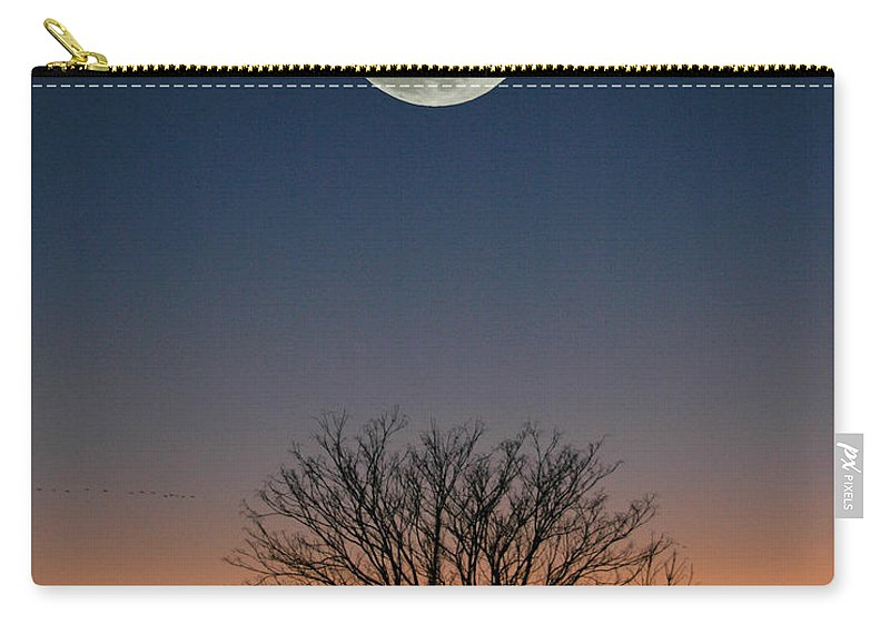 Full Moon Carry-all Pouch featuring the photograph Full Moon Rising by Raymond Salani III