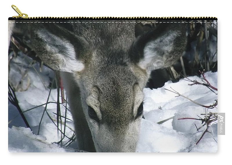 Deer Carry-all Pouch featuring the photograph Gentleness by James Michael Olson