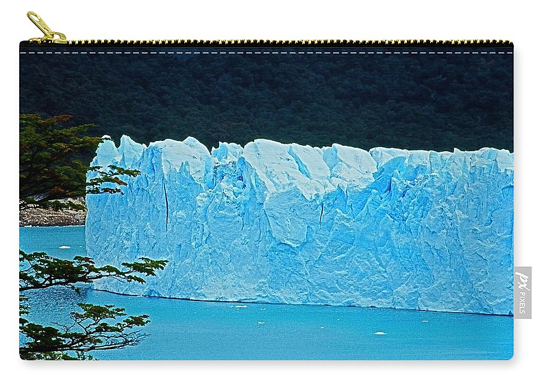 South America Carry-all Pouch featuring the photograph Glaciar Perito Moreno - Patagonia by Juergen Weiss