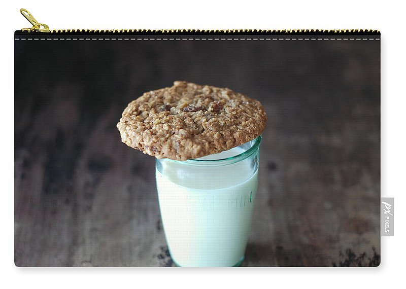 Milk Carry-all Pouch featuring the photograph Glass Of Milk by Shawna Lemay