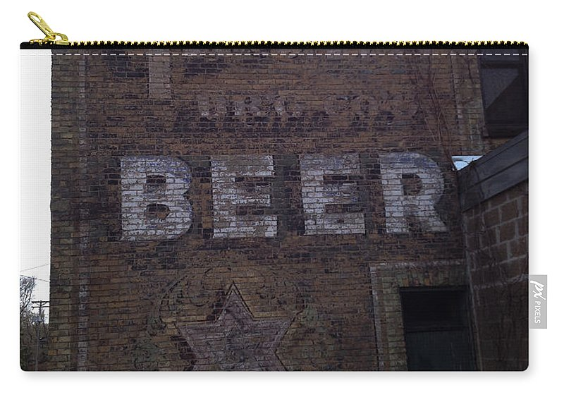 Beer Carry-all Pouch featuring the photograph Gluek Beer by Tim Nyberg