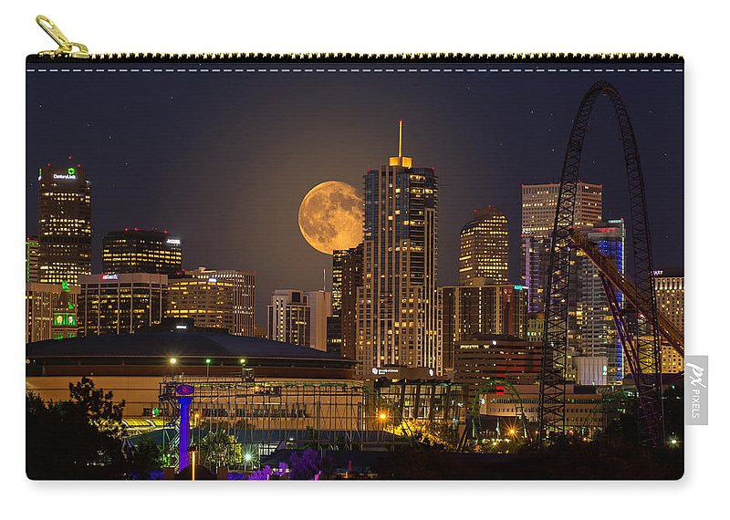 Denver Carry-all Pouch featuring the photograph Golden Supermoon by Bob Keller
