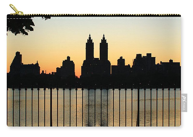 Central Park Carry-all Pouch featuring the photograph Goodnight Nyc by Catie Canetti
