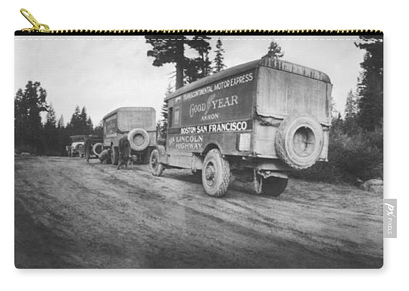 1910's Carry-all Pouch featuring the photograph Goodyear Wingfoot Express by Underwood Archives