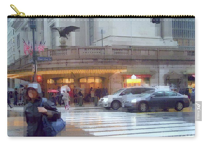 Traffic Carry-all Pouch featuring the photograph Grand Central Rain - 42nd Street by Miriam Danar
