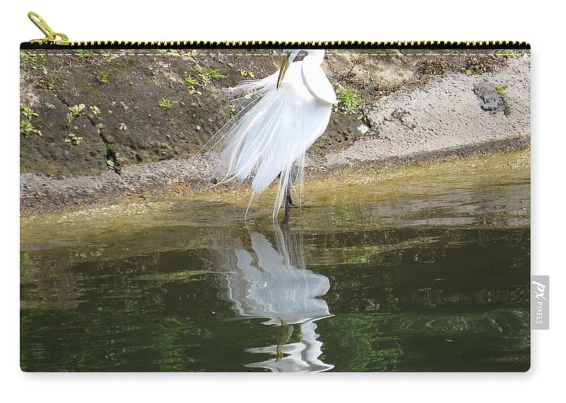 Great Egret Carry-all Pouch featuring the photograph Great Egret In The Lake by Zina Stromberg