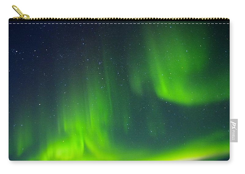 Alaska Aurora Borealis Carry-all Pouch featuring the photograph Green Lady Dancing 30 by Phyllis Spoor