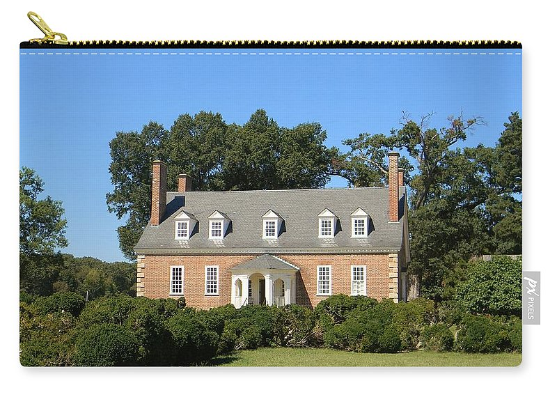 Gunston Hall Carry-all Pouch featuring the photograph Gunston Hall by Jean Goodwin Brooks