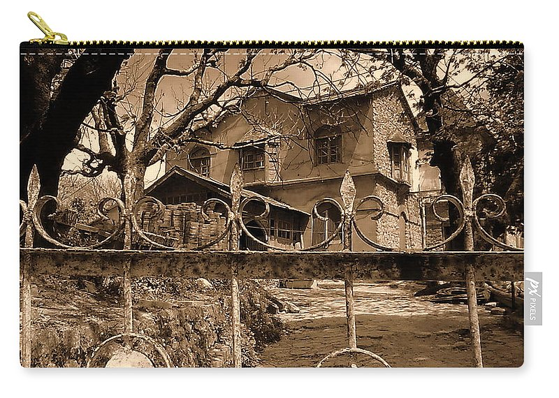 Wallpaper Buy Art Print Phone Case T-shirt Beautiful Duvet Case Pillow Tote Bags Shower Curtain Greeting Cards Mobile Phone Apple Android Nature Old Haunted Ghost Afternoon Creepy Graveyard Photography Salman Ravish Khan Carry-all Pouch featuring the photograph Haunted House by Salman Ravish