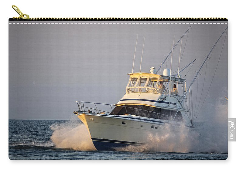Yacht Carry-all Pouch featuring the photograph Heaading Home by David Kay
