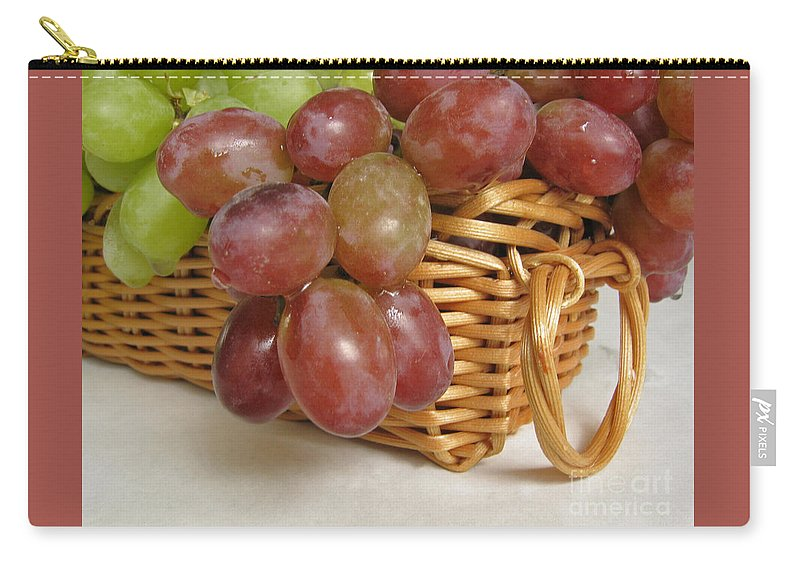 Grapes Carry-all Pouch featuring the photograph Healthy Snack by Ann Horn