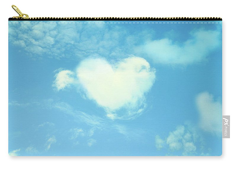 Outdoors Carry-all Pouch featuring the photograph Heart-shaped Cloud by Yurif