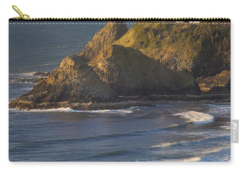 America Carry-all Pouch featuring the photograph Heceta Head Lighthouse by Brian Jannsen