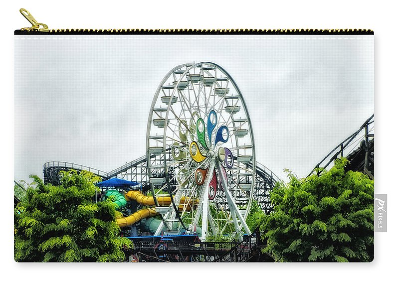 Hershey Carry-all Pouch featuring the photograph Hershey Park Ferris Wheel by Bill Cannon