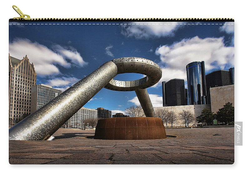 Hart Plaza Carry-all Pouch featuring the photograph Horace Dodge Fountain Hart Plaza Detroit Michigan by Gordon Dean II