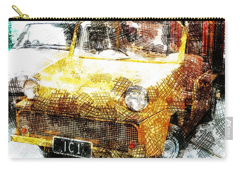 Cross Hatch Carry-all Pouch featuring the photograph I See One by Steve Taylor