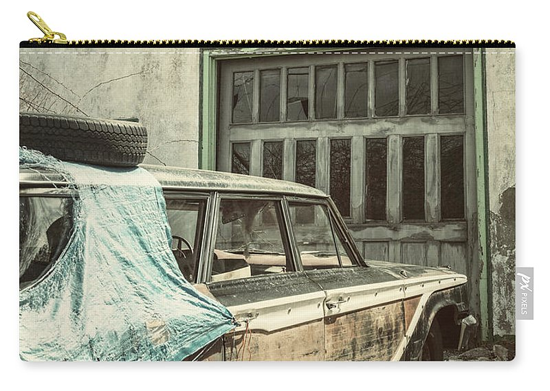 Land Vehicle Carry-all Pouch featuring the photograph In For Repairs by Shaunl