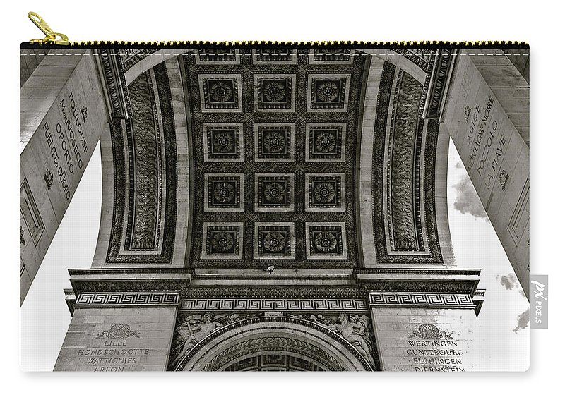 Paris Carry-all Pouch featuring the photograph In Triomphe by Lexi Heft