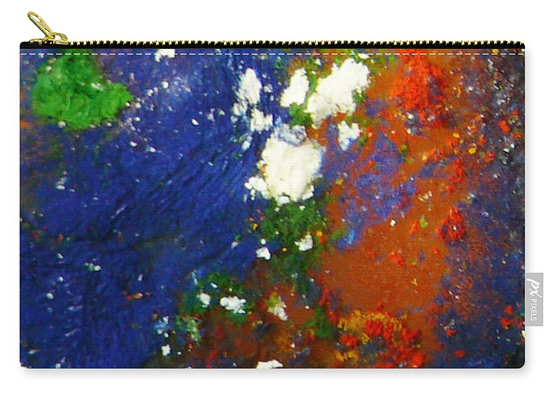 Ice-painting Carry-all Pouch featuring the photograph Irish Brawler by Chris Sotiriadis