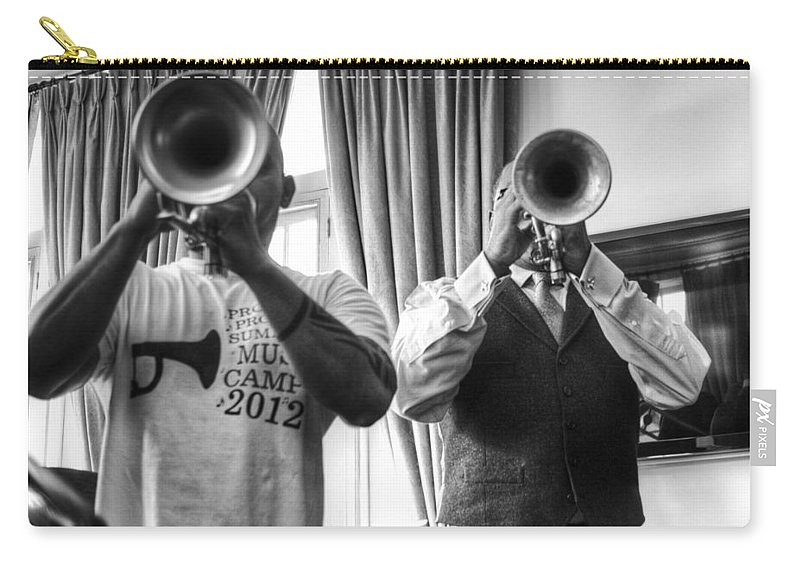 Irvin Mayfield Carry-all Pouch featuring the photograph Irvin And Wynton by William Morgan