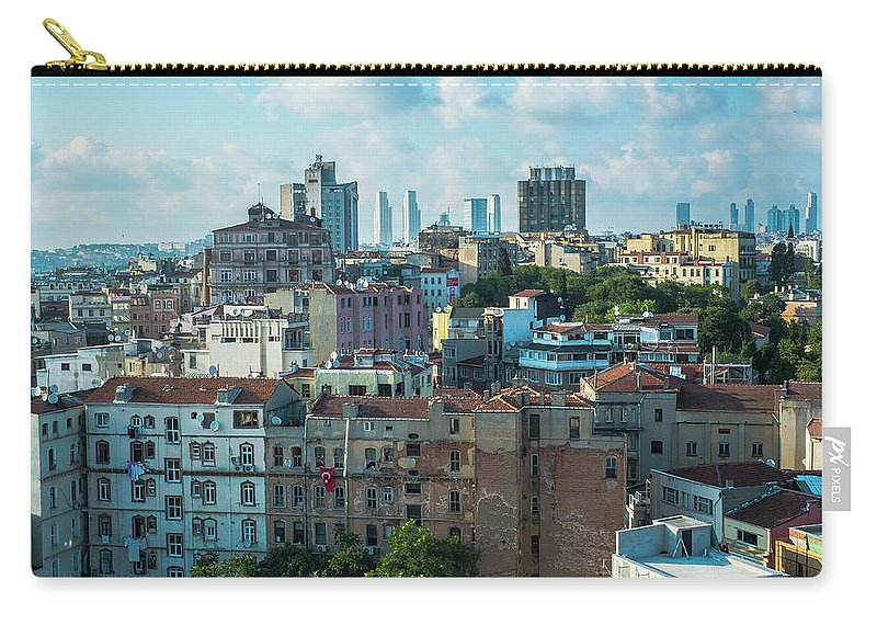Tranquility Carry-all Pouch featuring the photograph Istanbul by Picture By Hamoon Nasiri