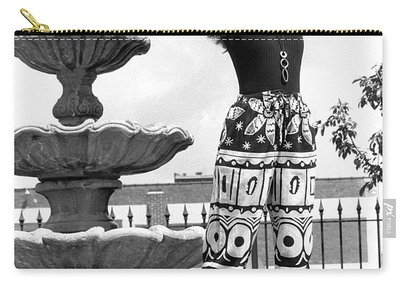 Model Carry-all Pouch featuring the photograph Julieartfountain by Gary Gingrich Galleries