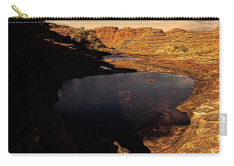 Kings Canyon Carry-all Pouch featuring the photograph Kings Canyon V12 by Douglas Barnard