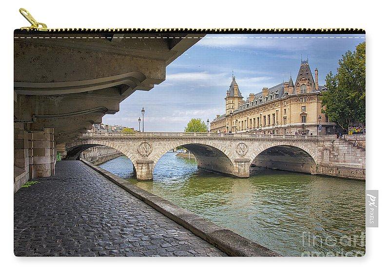 Pont Napoleon Carry-all Pouch featuring the photograph Le Pont Napoleon Paris by Lumiere De Liesse Ltd Images of Robert L Lease