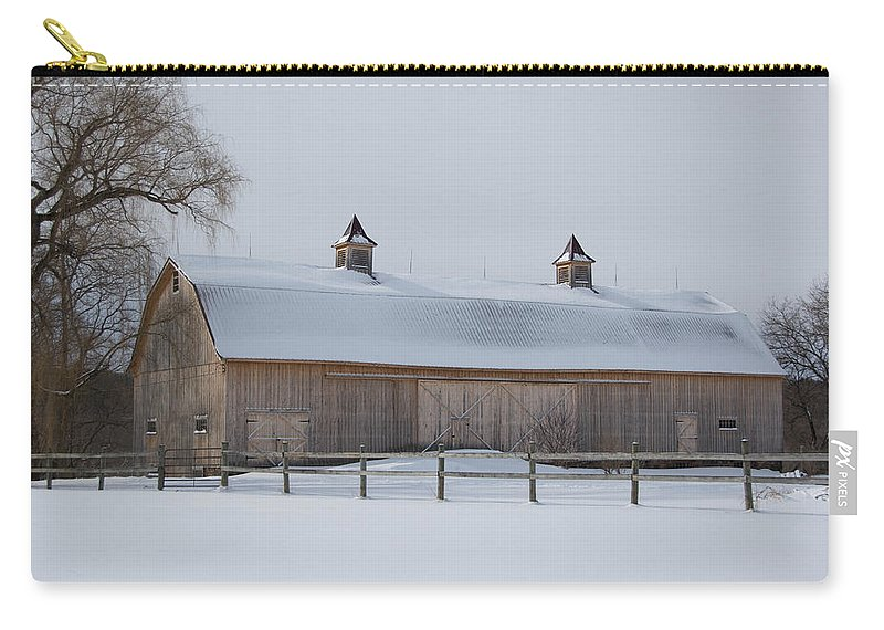 Barn Carry-all Pouch featuring the photograph Lightly Browned Barn 7k00040b by Guy Whiteley