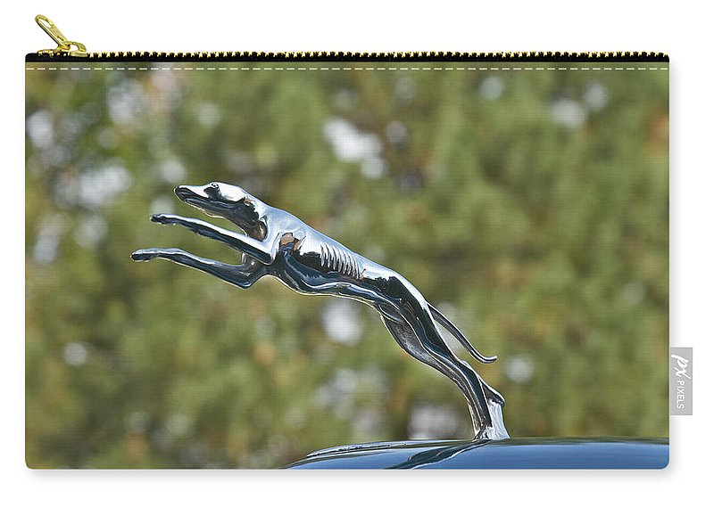 Glenmoor Carry-all Pouch featuring the photograph Lincoln by Jack R Perry