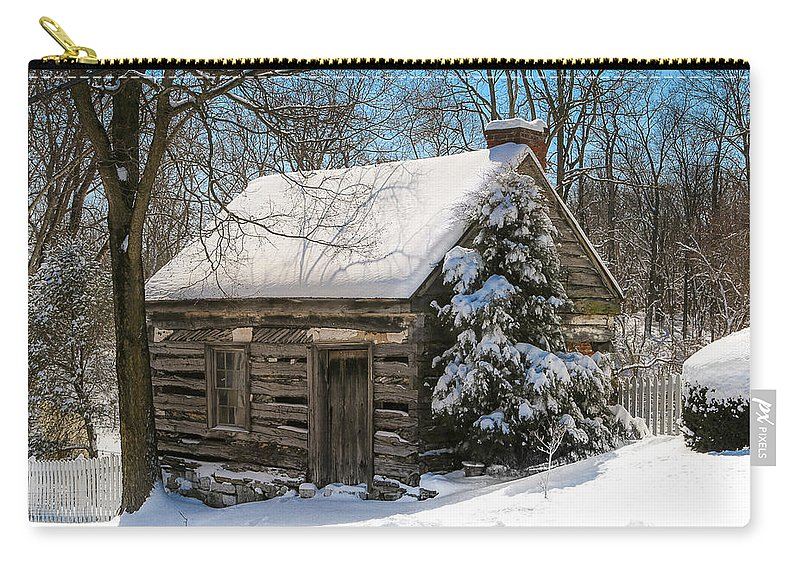 Old Buildings Carry-all Pouch featuring the photograph Little Cabin In The Woods by Sharon Horn