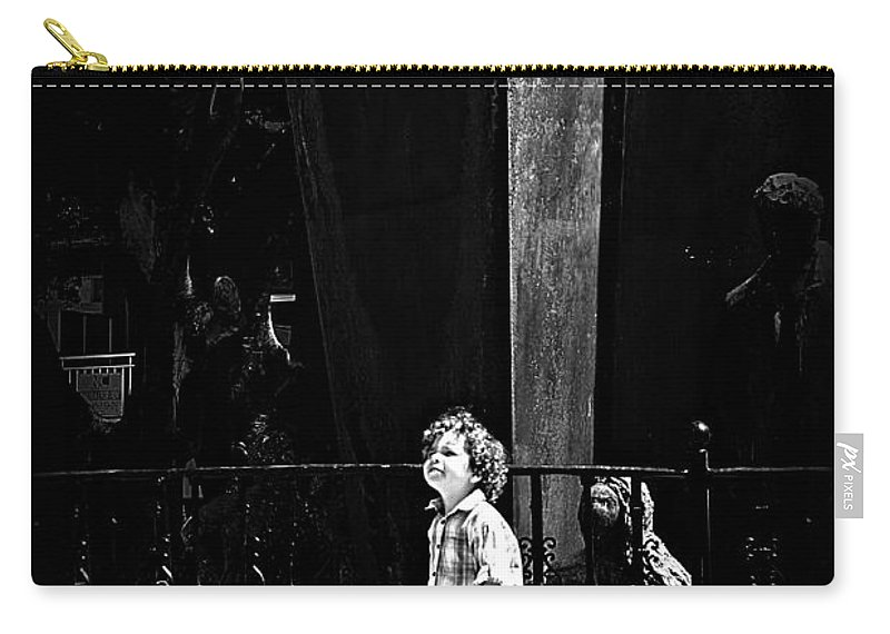 Child Carry-all Pouch featuring the photograph Looking At The World by Clare Bevan