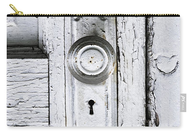 Old Carry-all Pouch featuring the photograph Love Is At Your Door by Margie Hurwich