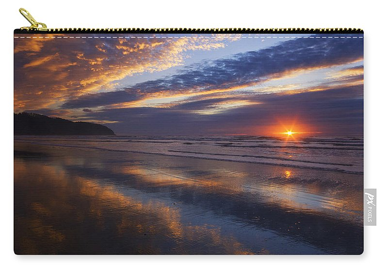 Oregon Carry-all Pouch featuring the photograph Luminous Harmony by Mark Kiver