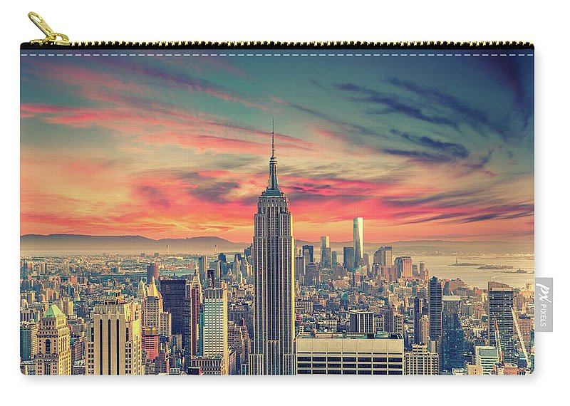 Panoramic Carry-all Pouch featuring the photograph Manhattan by Zsolt Hlinka