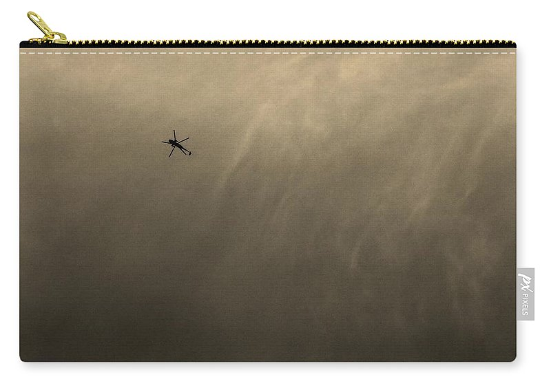 Hmx-1 Carry-all Pouch featuring the photograph Marine One by Robert Geary