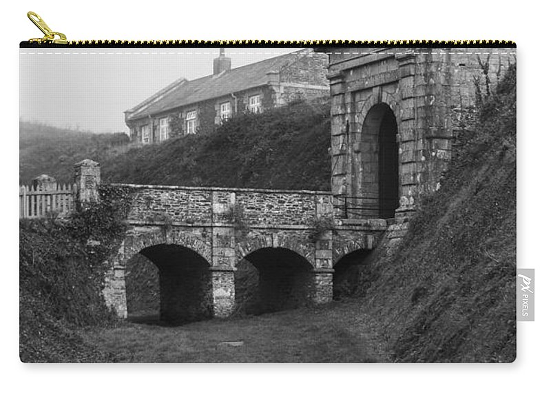 Architecture Carry-all Pouch featuring the photograph Misty Morning by Brian Roscorla