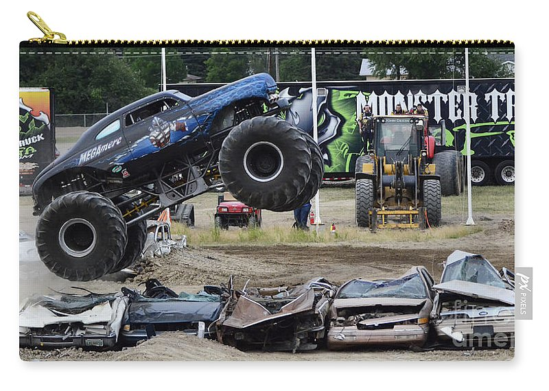 Monster Truck For Sale >> Monster Trucks Size Matters 4 Carry All Pouch