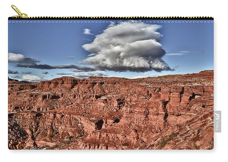 Monument Valley Utah Carry-all Pouch featuring the photograph Monument Valley Ut 5 by Ron White