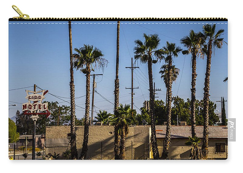 Route 66 Carry-all Pouch featuring the photograph Motel by Angus Hooper Iii
