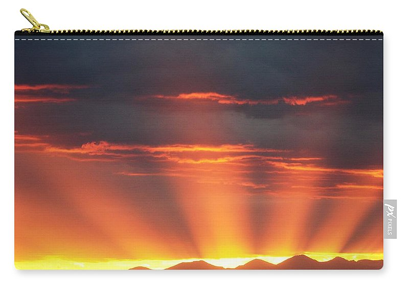 Sunrays Carry-all Pouch featuring the photograph Mountain Rays by Shane Bechler