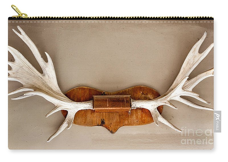 Deer Carry-all Pouch featuring the photograph Mounted Elk Antlers by Les Palenik
