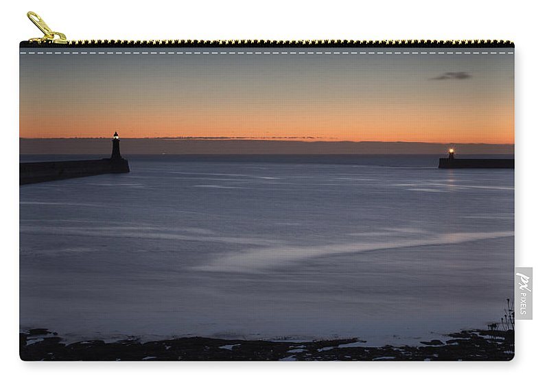 Tyne Carry-all Pouch featuring the photograph Mouth Of The Tyne by David Pringle