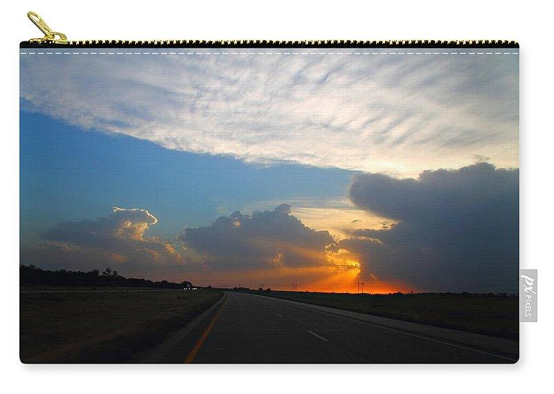 Nebraska Carry-all Pouch featuring the photograph Nebraska Sunset by Marcelo Albuquerque