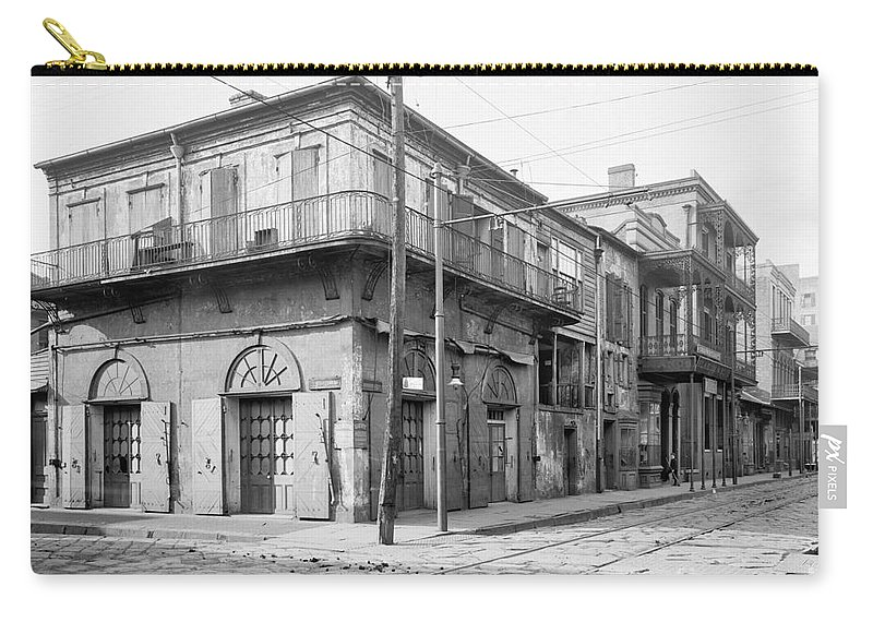 1905 Carry-all Pouch featuring the photograph New Orleans: Bar, C1905 by Granger