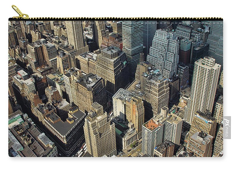 Flatiron Carry-all Pouch featuring the photograph New York Architecture by New York